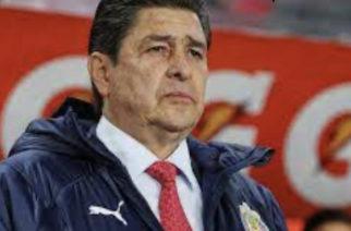 Chivas le da las gracias a Luis Fernando Tena