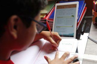Advierten padres de familia de retroceso educativo de 5 años por educación a distancia