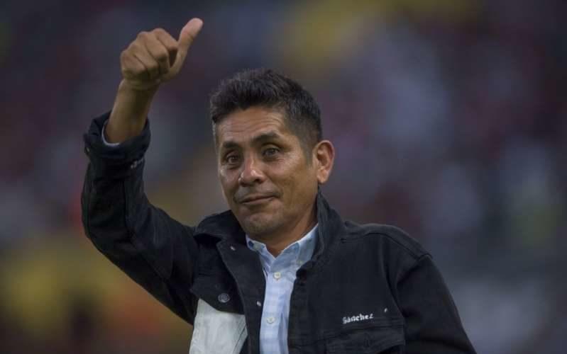 No descarta Jorge Campos buscar la gubernatura de Guerrero