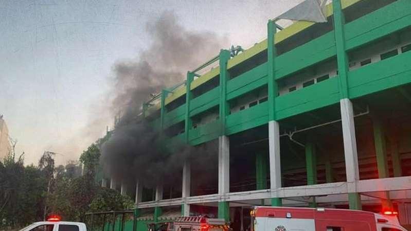 (Video)Incendio en Estadio de León; reportan un detenido