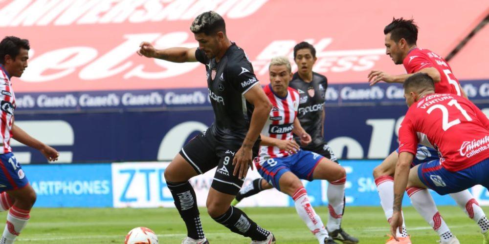 El Profe Cruz debuta con derrota ante San Luis