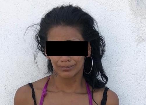Detienen a Nayeli con droga en el Ojo de Agua
