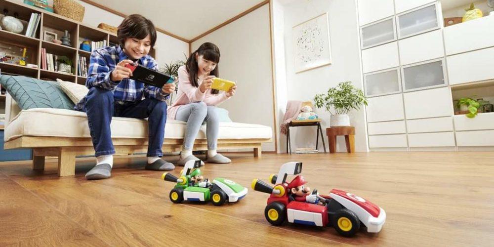 Nintendo lanza Mario Kart Live: Home Circuit, una versión de realidad virtual