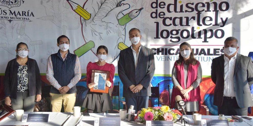 Premian a ganadores del concurso del cartel y logotipo de la Feria de los Chicahuales