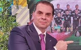 Christian Martinoli llama mediocre a 'El Piojo' Herrera