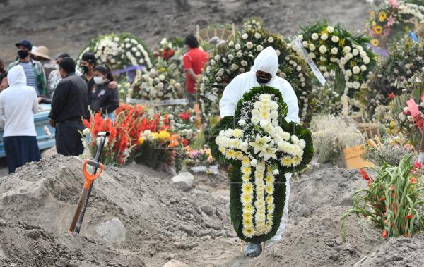 Ya son 76 mil 430 decesos por Covid-19 en México