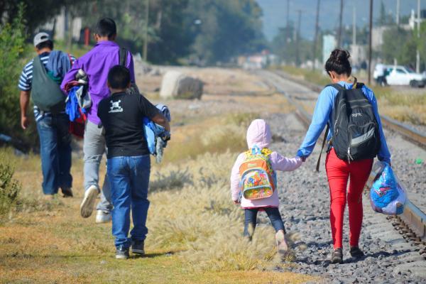 Agencias internacionales lanzan proyecto de atención para niños y adolescentes migrantes en México