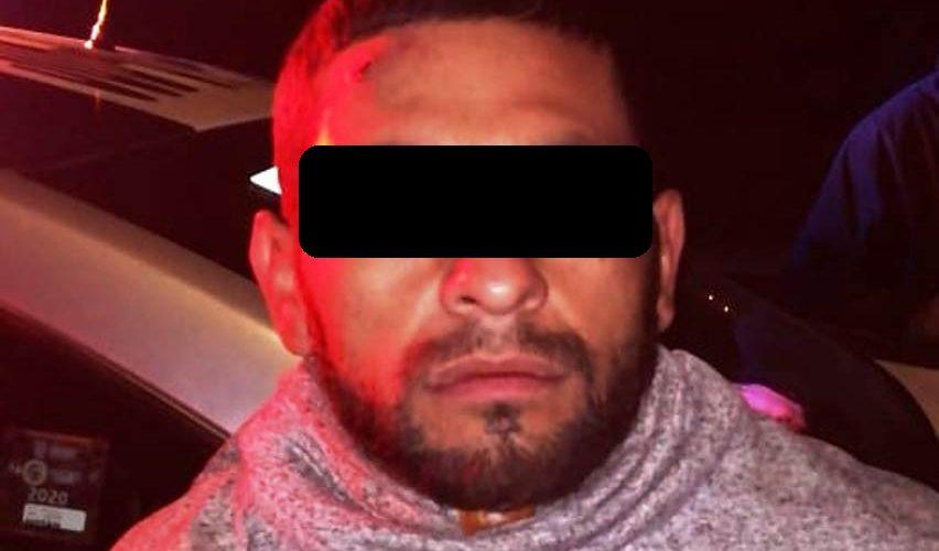 Detienen a asaltante tras despojar de su teléfono a una mujer
