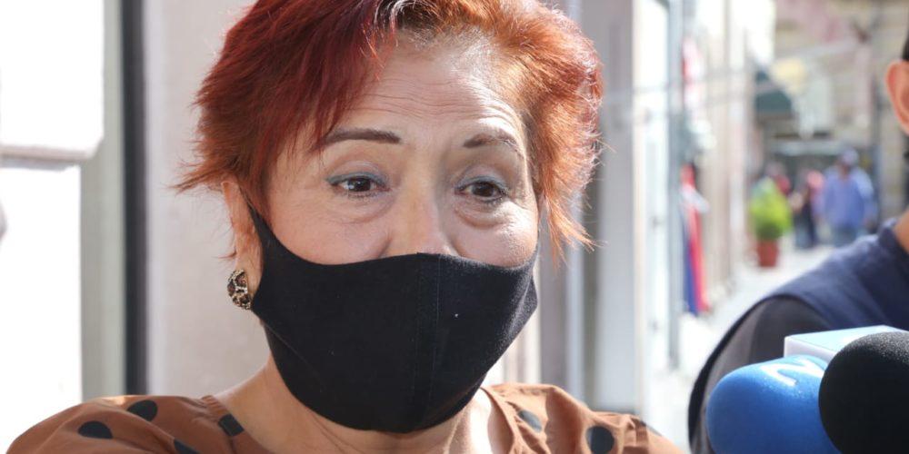 """""""Mi esposo no usa un arma, sino una faja"""":  dice Guillén. Acusa a vecinos de problemáticos"""