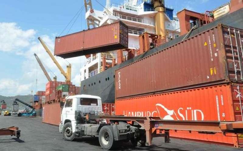 Marina tomará el control de los puertos