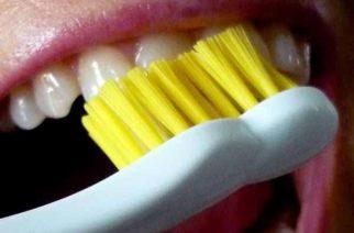 Cepillo dental puede ser factor de transmisión de coronavirus