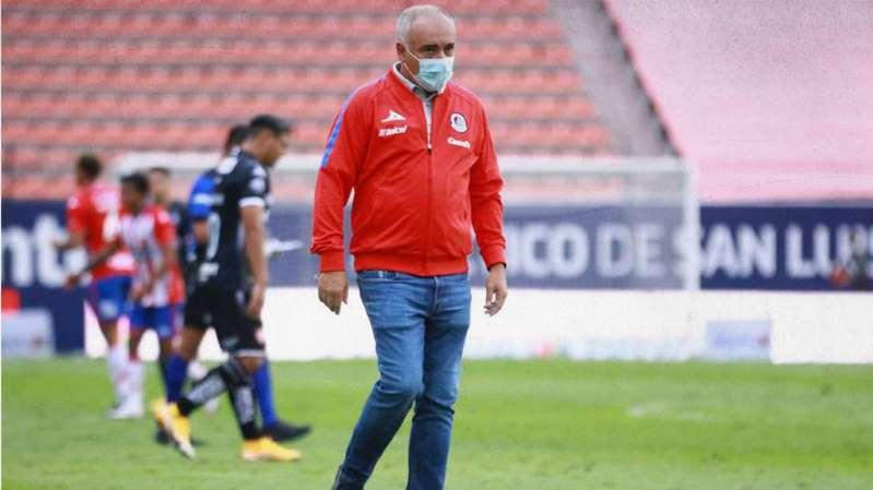 Guillermo Vázquez es cesado del San Luis