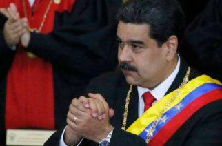 Por decreto, Nicolás Maduro   adelanta la navidad en Venezuela
