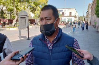 Descarta alcalde de El Llano recorte de personal en oficinas