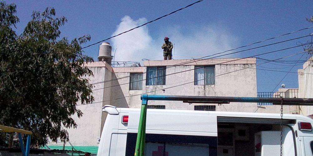 Pelea marital acabó con incendio de un departamento en Pilar Blanco