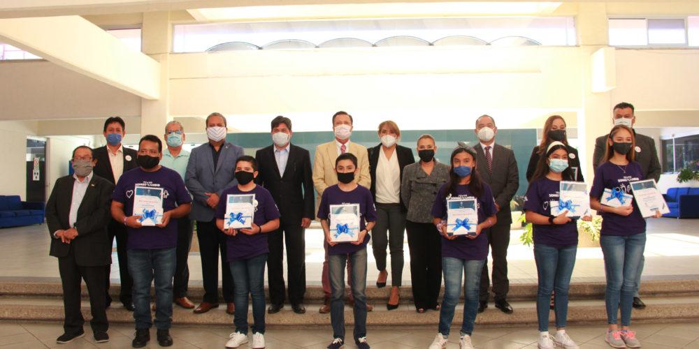 Alumnos de Aguascalientes ganan primer lugar nacional en proyectos de impacto social