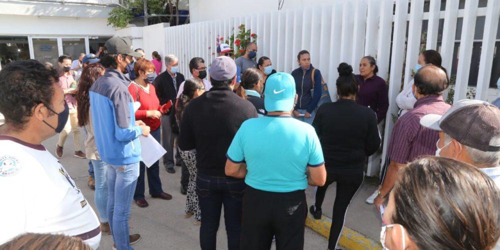 Vecinos de El Cariñán reclaman al INAGUA falta de agua desde hace 2 meses