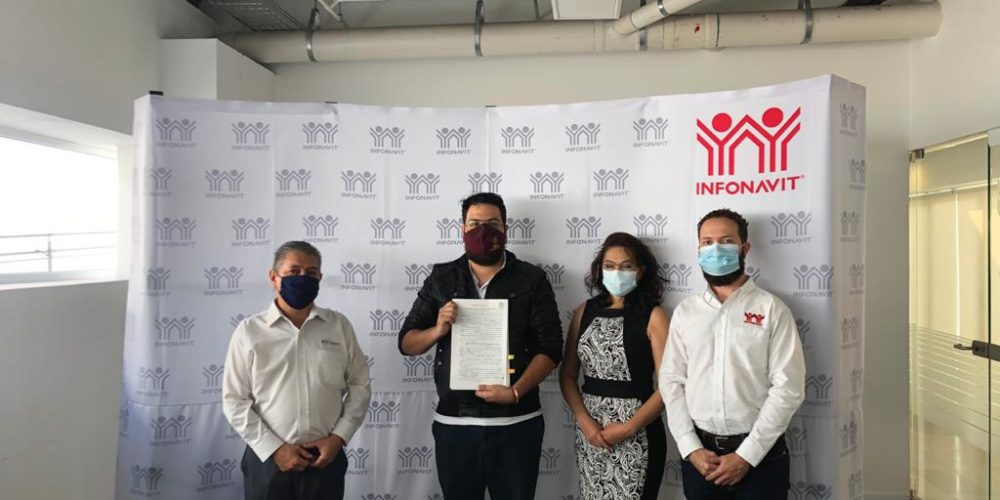 Infonavit entrega primer crédito conjunto con Fovissste en Aguascalientes