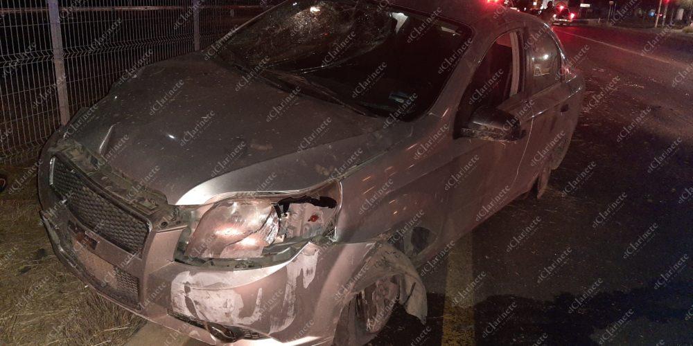 Borracho zacatecano destrozó su vehículo en la 45 norte frente a Margaritas