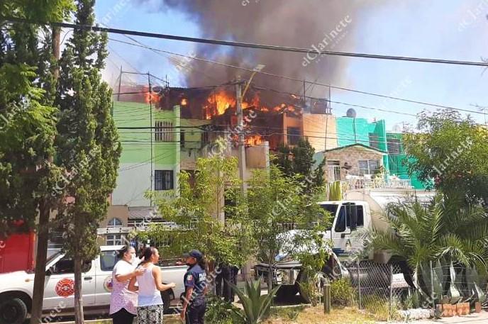 Incendio acabó con varios departamentos en Las Viñas