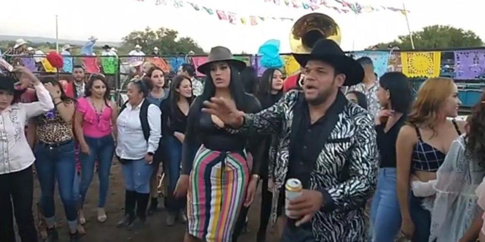 Marco Flores y la Banda Jerez arman fiesta en Rincón de Romos