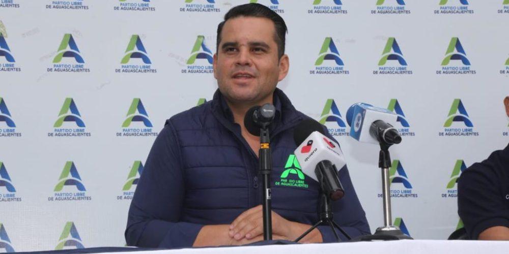MC quiere seguir copiando y piratear candidatos de PLA: Pérez Almanza