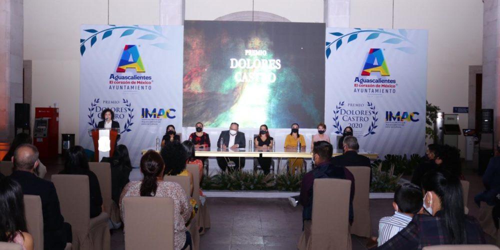 Municipio de Aguascalientes entrega premio Dolores Castro