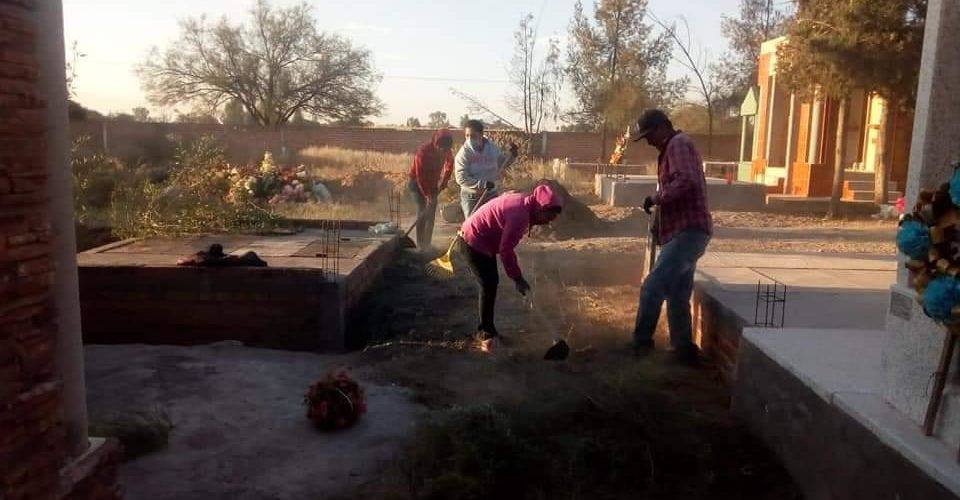 Panteones de Tepezalá permanecerán abiertos durante el Día de Muertos