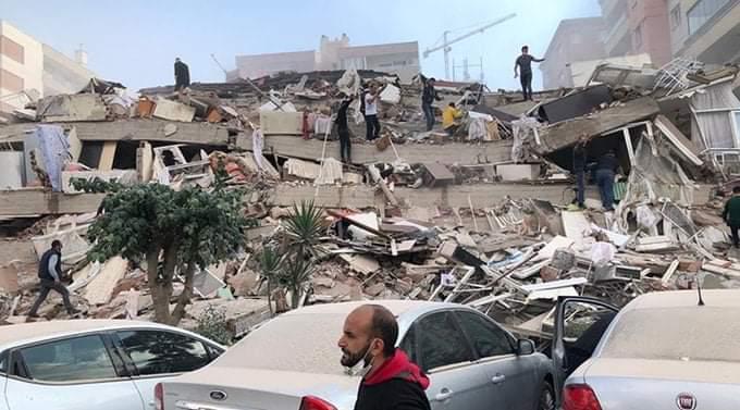 Terremoto de 7,0 sacude Turquía y Grecia