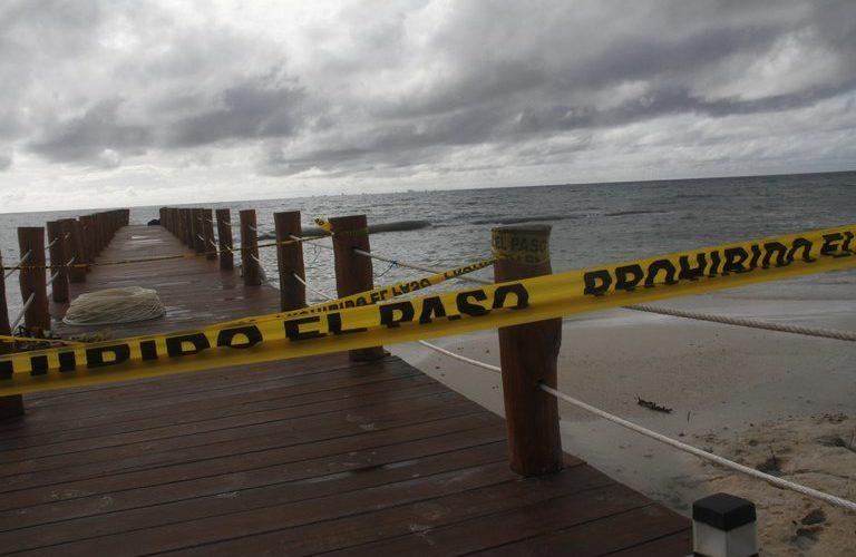 Yucatán y Quintana Roo esperan la llegada del huracán Delta