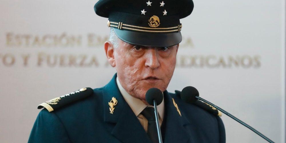 Detienen en EU a Salvador Cienfuegos, secretario de la Defensa de Peña