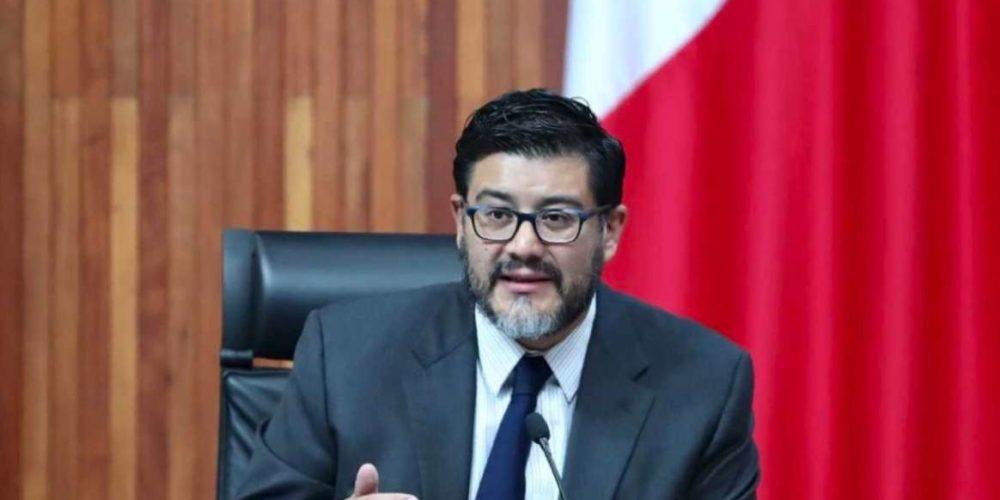 Piden renuncia de magistrado por desear muerte de AMLO