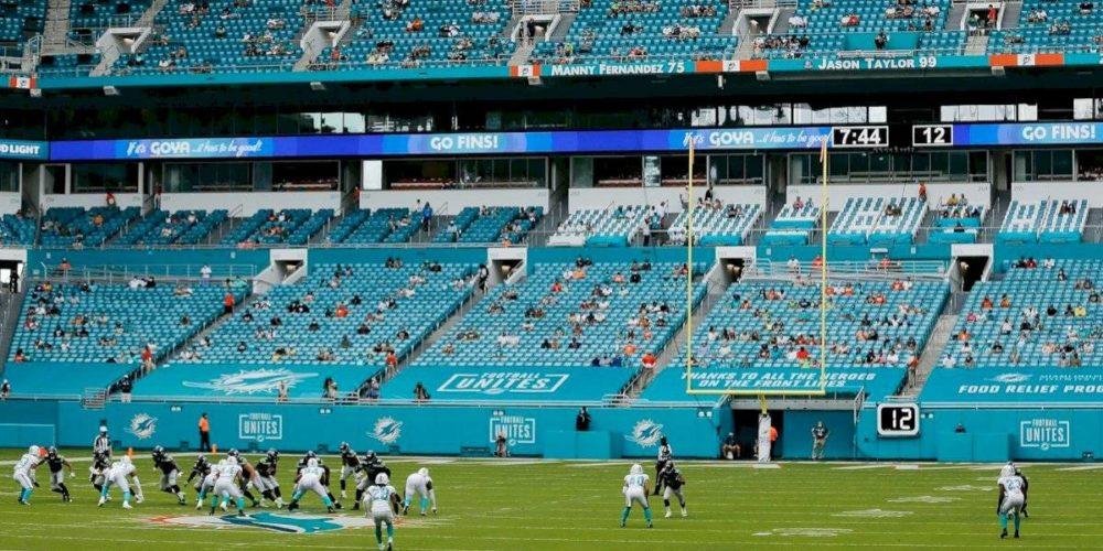 Tres equipos de la NFL obtienen permiso de abrir estadios al 100%