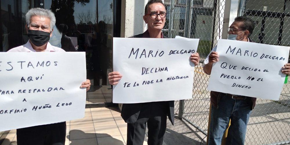Mario Delgado debe detener derroche de recursos: Militantes de Morena