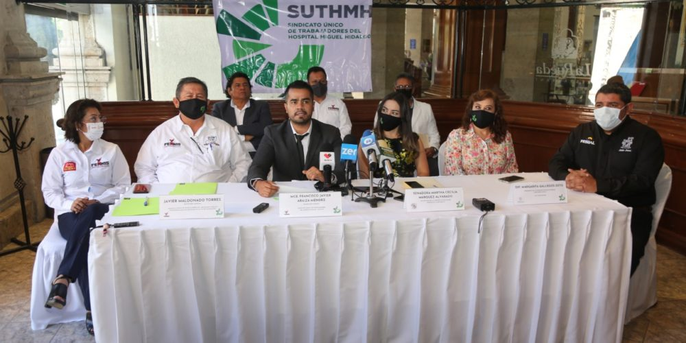 """""""No existe el Insabi"""" reclaman sindicatos de médicos ante la pandemia"""