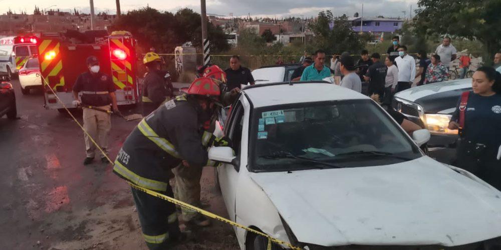 Se registra aparatoso accidente en VNSA
