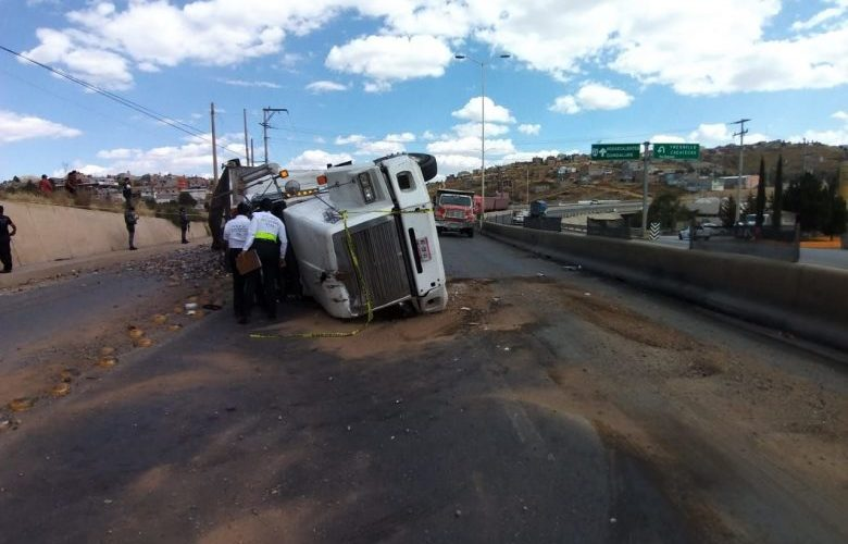 Muere aguascalentense al chocar en Zacatecas