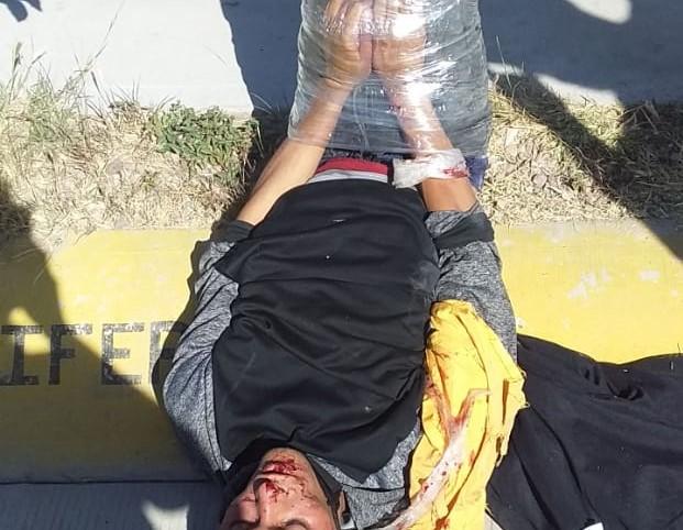 De un poste terminó amarrado ladrón en Aguascalientes