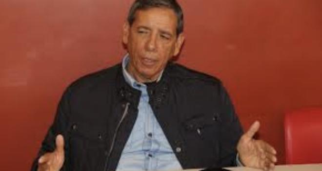 Isidoro Armendáriz se separa del PRI de mientras