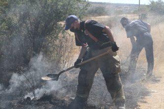 Refuerzan operativo de combate a incendios de pasto seco