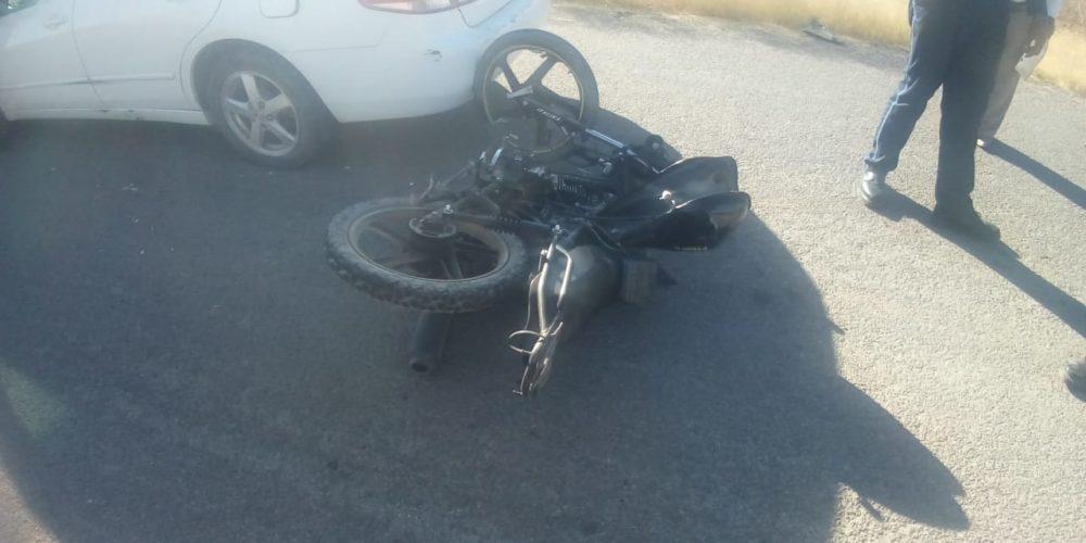 Choque deja un motociclista lesionado en Tepezalá