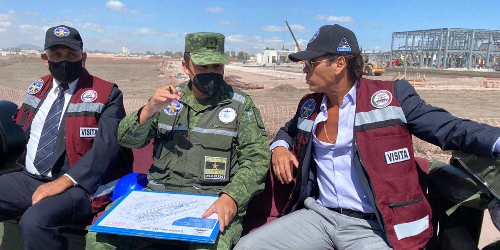 Ejército pasea a Roberto Palazuelos por Santa Lucía