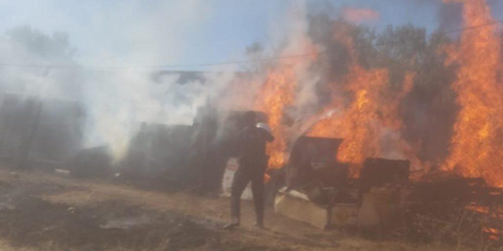 Incendio consume una finca en Asientos