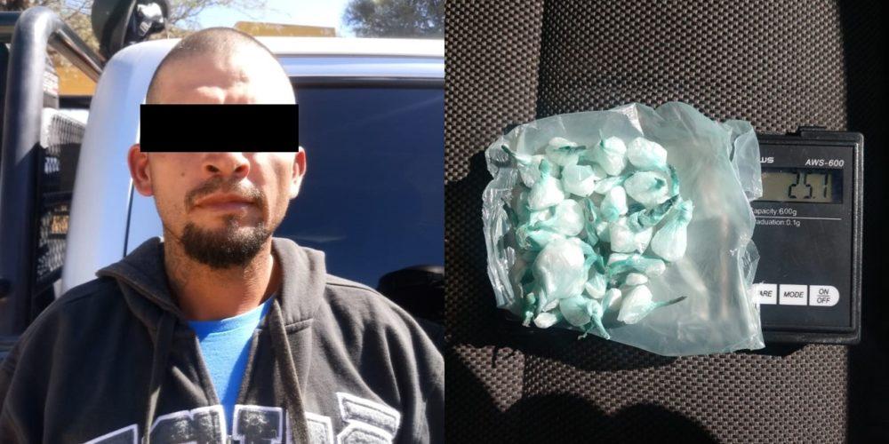 Detienen a distribuidor de drogas con 40 envoltorios de crystal en Asientos