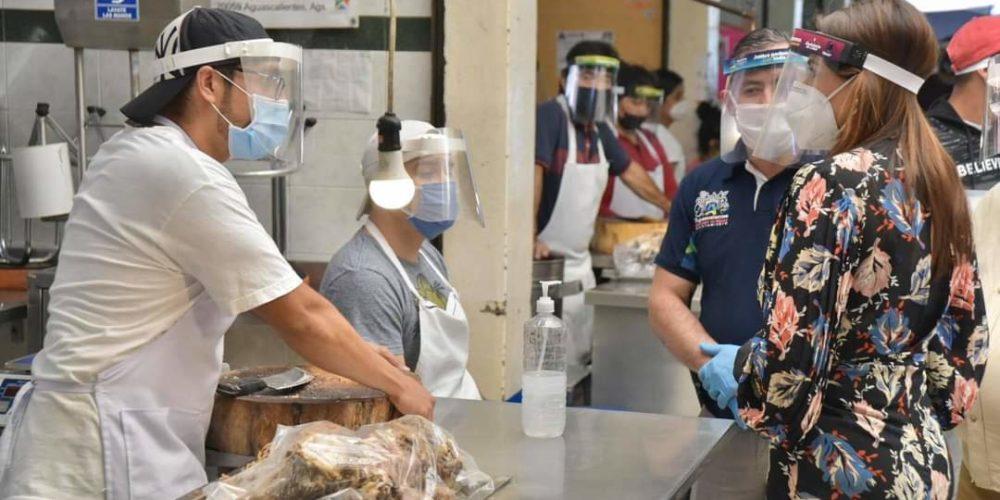 Cómo parte de las restricciones sanitarias, en mercados solo habrá comida para llevar