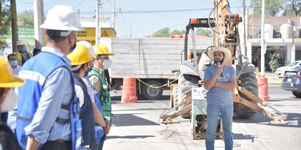 En Jesús María arrancan obras hidrosanitarias en la colonia El Llano