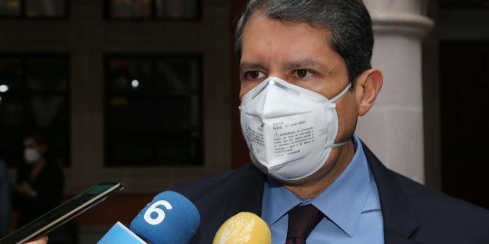 Esquema de vacunación vs Covid de la Federación provoca dudas a la IP