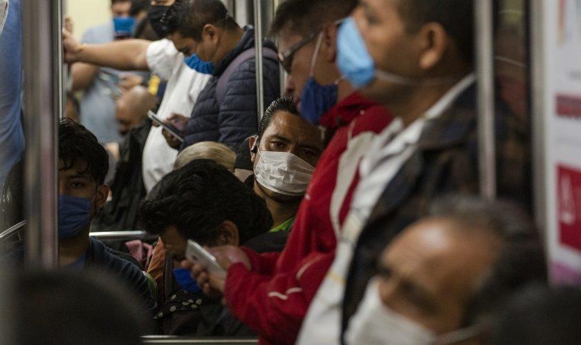 México suma un millón 383 mil casos de Covid-19