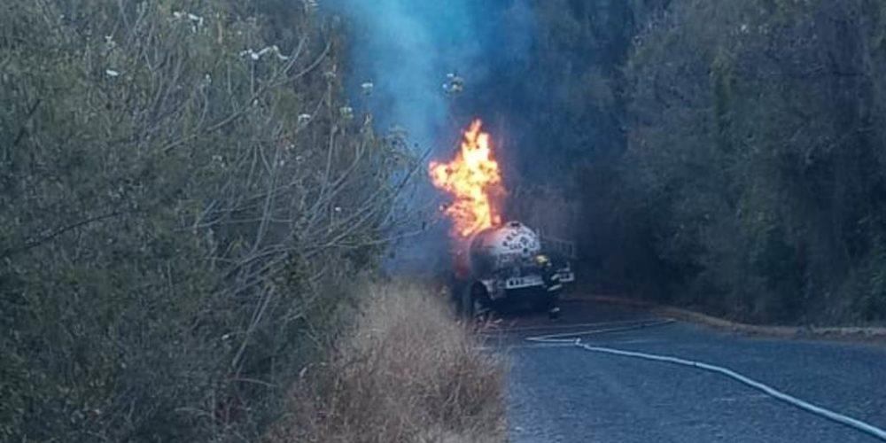 Se registra incendio de pipa con gas LP en Calvillo