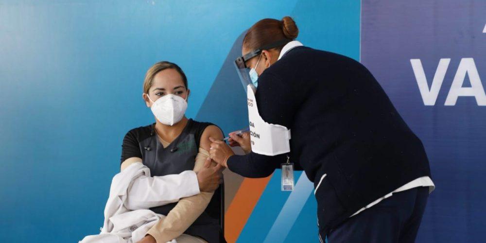 """""""Hospitales parecen zona de guerra, ya cuídense, el coronavirus es real"""": Roque"""